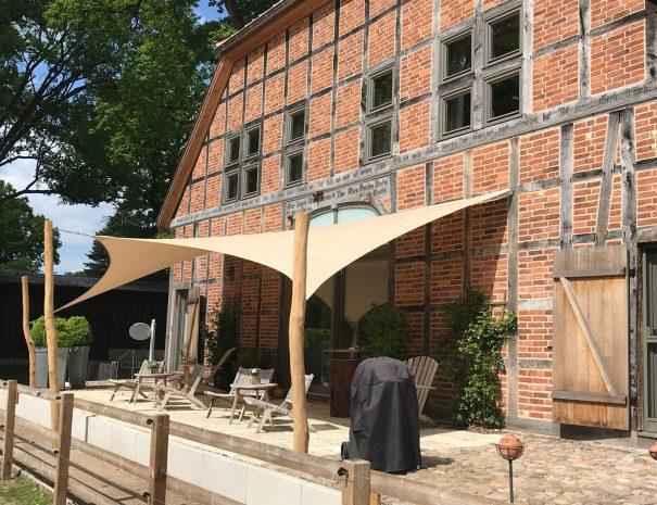 Thorandhof-Ferienwohnung-Damnatz-Terasse